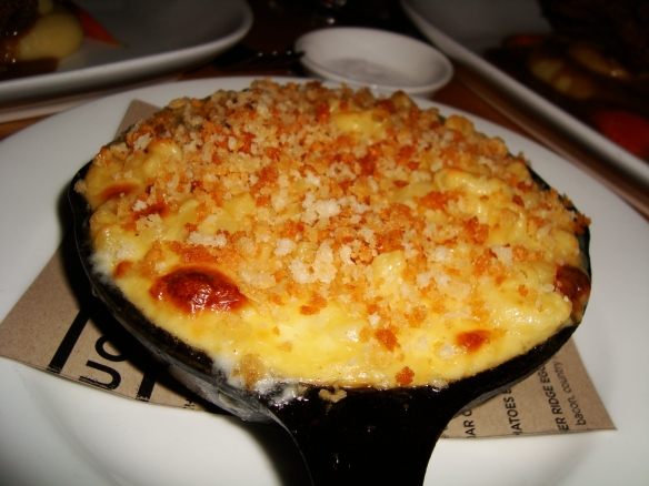 Considered Bardwell Farm Skillet Mac & Cheese
